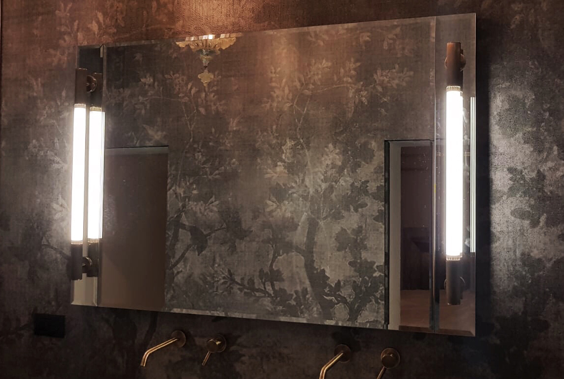 O&F Led Mirrors for historic Venetian Palace